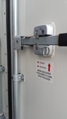 10 Foot Reefer Safety Lock Mechanism - Exterior